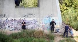 Służby ratownicze poszukują wędkarza. Policja prosi o pomoc [FOTO]