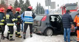 Passat zderzył się z samochodem nauki jazdy [FOTO]