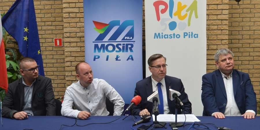 SPORT, Promocja Piły przez sport pieniądze Polonii - zdjęcie, fotografia