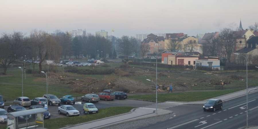 BIZNES I PRACA, Arche przygotowuje teren hotel centrum Piły [ZDJĘCIA] - zdjęcie, fotografia