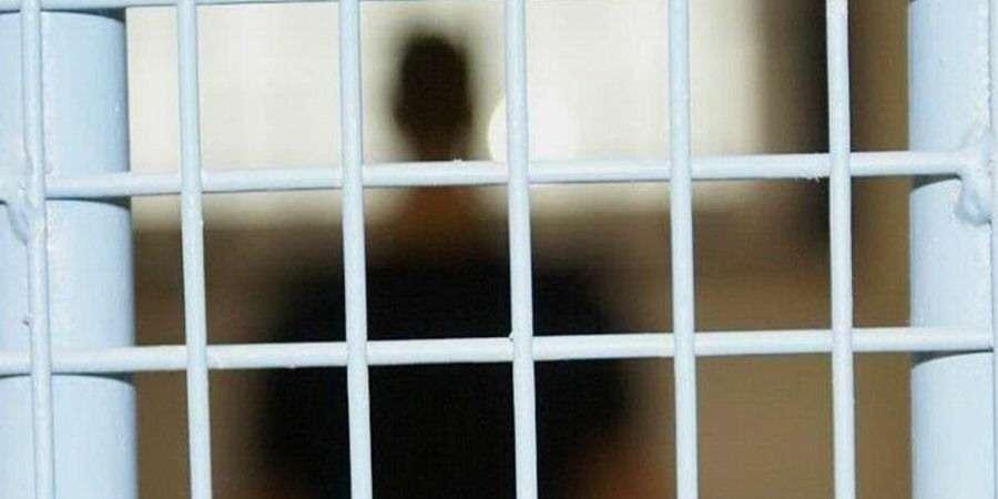 POLICJA, Znęcał bliskimi wyprowadzić - zdjęcie, fotografia