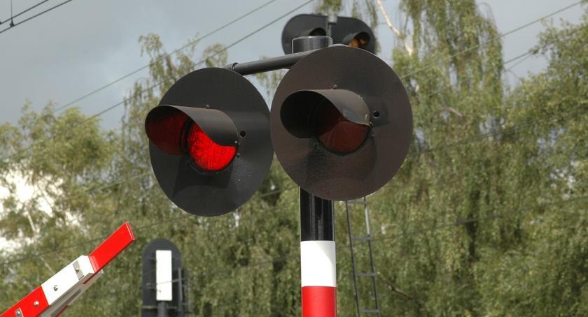 KOMUNIKACJA, Kolejne utrudnienia przejazdach kolejowych - zdjęcie, fotografia