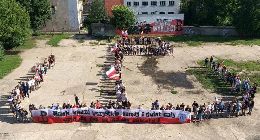 PIŁA, Żywa Kotwica kolejną rocznicę wybuchu Powstania Warszawskiego - zdjęcie, fotografia