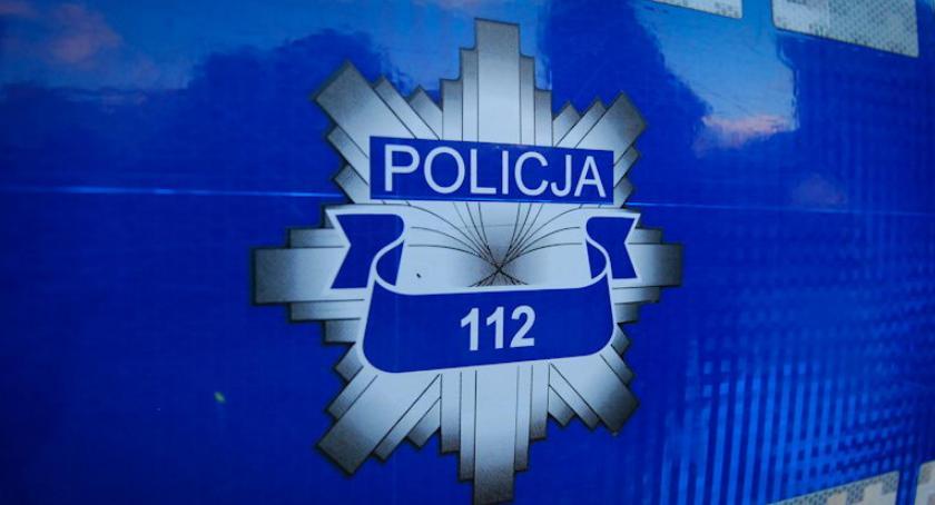 POLICJA, Szesnastolatek kierownicą terenówki udostępniła babcia - zdjęcie, fotografia