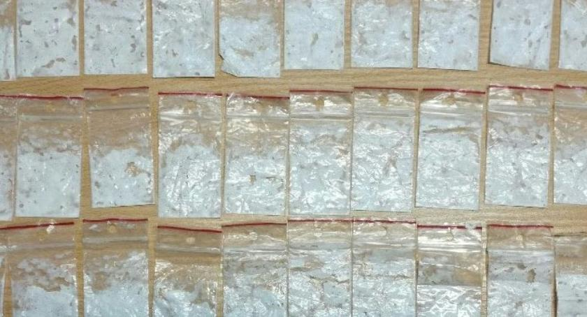NARKOTYKI, Policjanci przechwycili tysiące porcji narkotyków - zdjęcie, fotografia