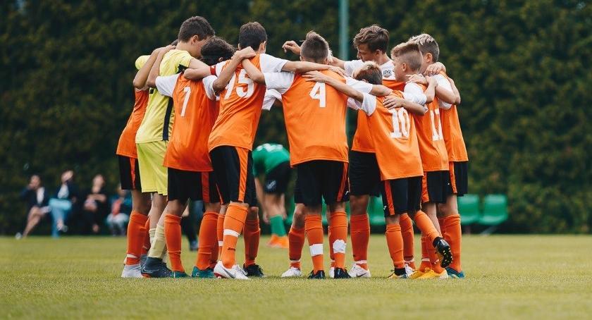 ARTYKUŁ SPONSOROWANY, Ruszyły wielkie nabory Dołącz Akademii Piłkarskiej Reissa wrześniu odbierz piłkę! - zdjęcie, fotografia