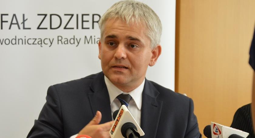 """WYBORY 2018, Zdzierela żegna Radą Miasta """"Postanowiliśmy odbić powiat"""" - zdjęcie, fotografia"""