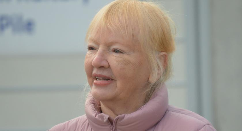 """PIŁA, Inicjatorka polskiej edycji """"Sprzątania świata"""" odwiedziła Piłę - zdjęcie, fotografia"""