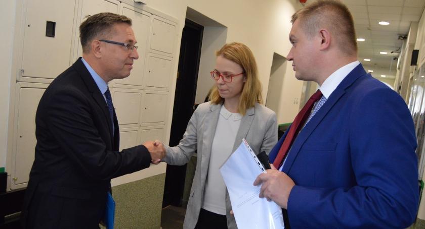 WYBORY 2018, Facebooka sądu Proces wyborczy Porzucek kontra Głowski - zdjęcie, fotografia