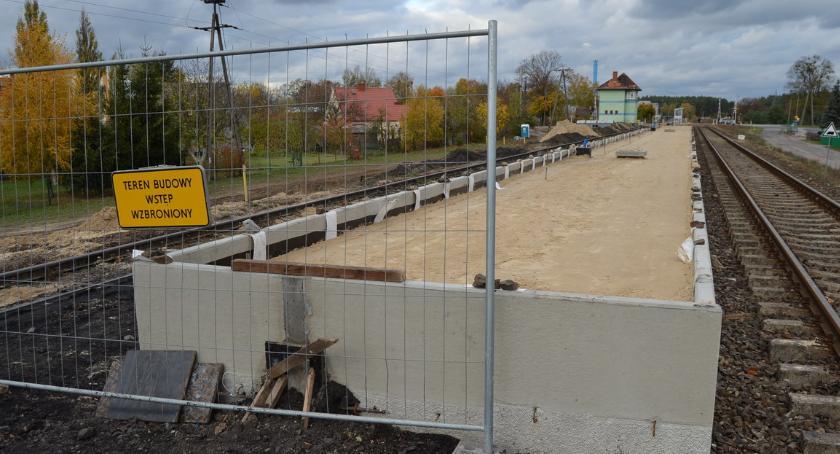 KOMUNIKACJA, peron stacji Piła Podlasie [ZDJĘCIA] - zdjęcie, fotografia