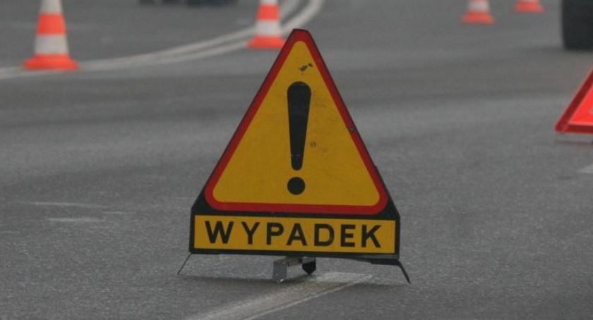 WYPADKI, Kolejny wypadek Zderzyły cztery - zdjęcie, fotografia