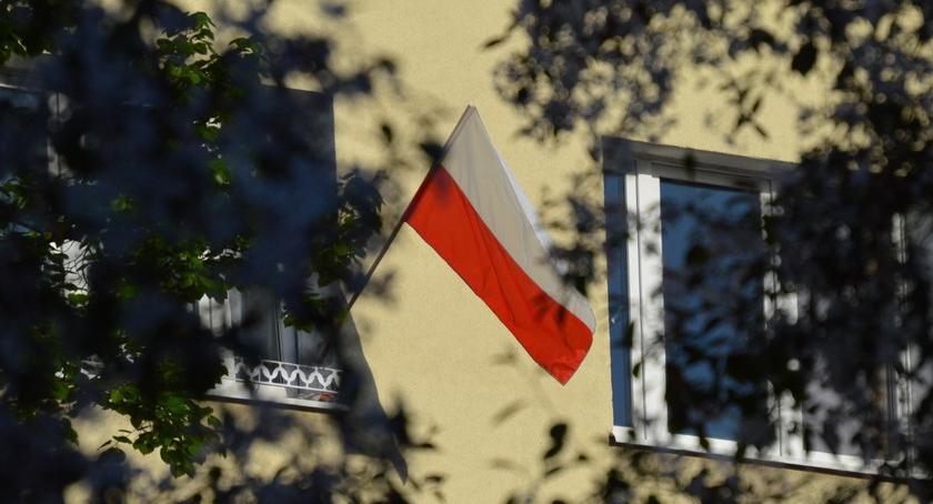 PIŁA, Święto Niepodległości Wywieśmy flagi - zdjęcie, fotografia