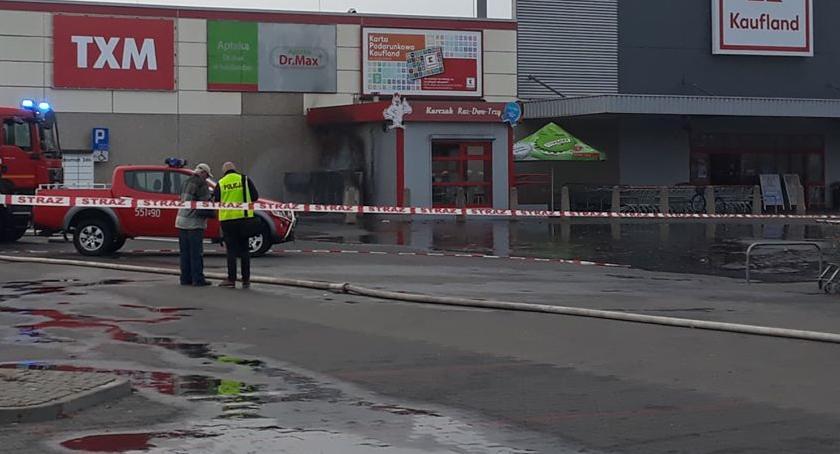 POŻARY, Pożar Kauflandzie Jedna osoba trafiła szpitala - zdjęcie, fotografia