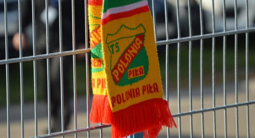 ŻUŻEL, Polonia podała biletów karnetów sezon - zdjęcie, fotografia