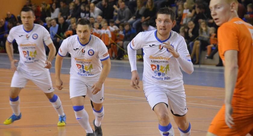 FUTSAL, Futsal Piła remisuje Poznań - zdjęcie, fotografia