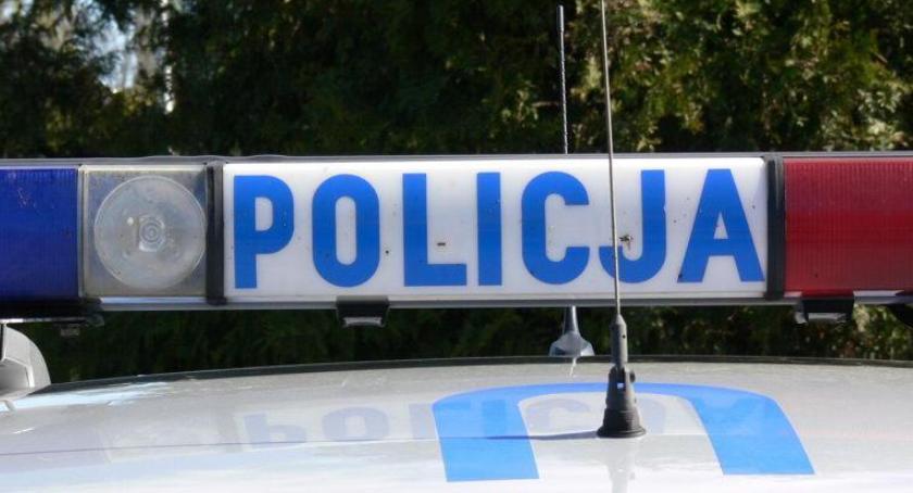 POLICJA, latek zatrzymany kradzież markecie budowlanym - zdjęcie, fotografia