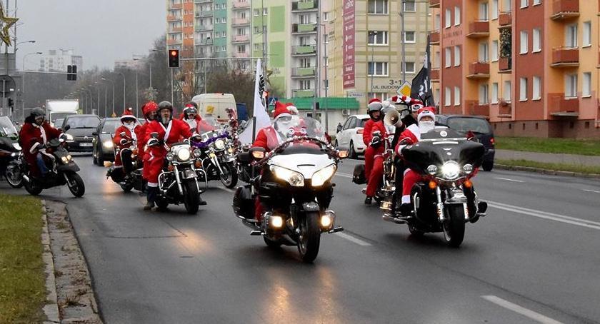 PIŁA, MotoMikołaje ulicach Piły szpitalu [ZDJĘCIA] - zdjęcie, fotografia