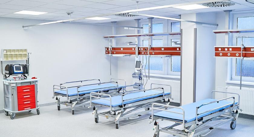 ZDROWIE I MEDYCYNA, modernizacji karetka Inwestycje pilskim szpitalu - zdjęcie, fotografia