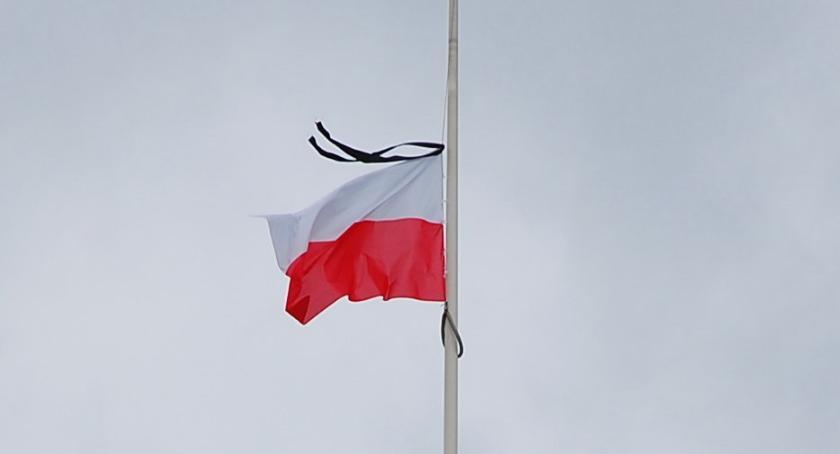 PIŁA, Niedziela dniem żałoby narodowej - zdjęcie, fotografia