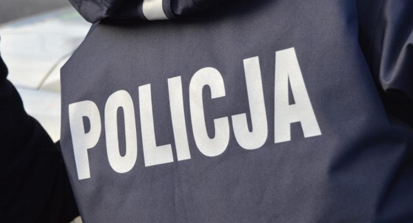 POLICJA, Policyjny pościg skradzionym porsche Padły strzały - zdjęcie, fotografia
