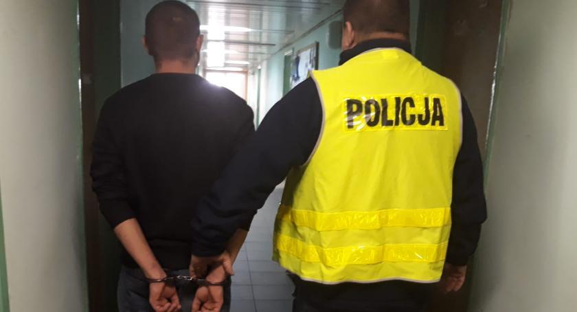 POLICJA, Chciał napić zapalić Wpadł letni włamywacz - zdjęcie, fotografia