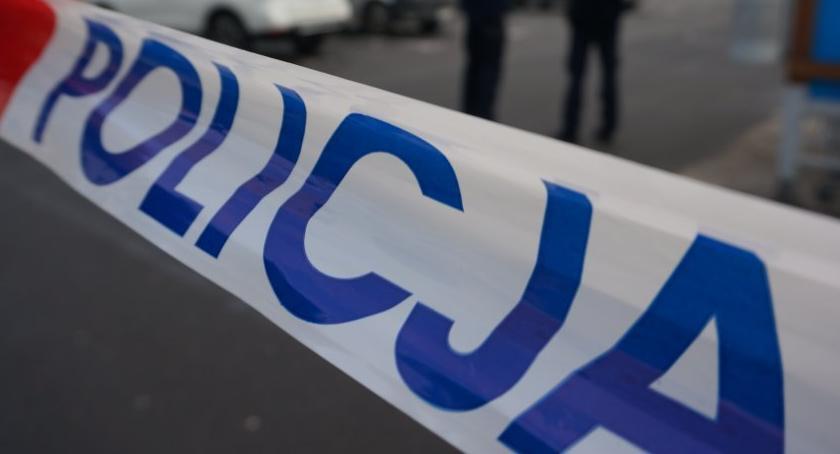 POLICJA, Zwłoki Rybackiej Śledczy ustalają przyczyny śmierci mężczyzny - zdjęcie, fotografia