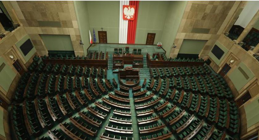 POLITYKA, Poparcie partii politycznych [sondaŻP] - zdjęcie, fotografia