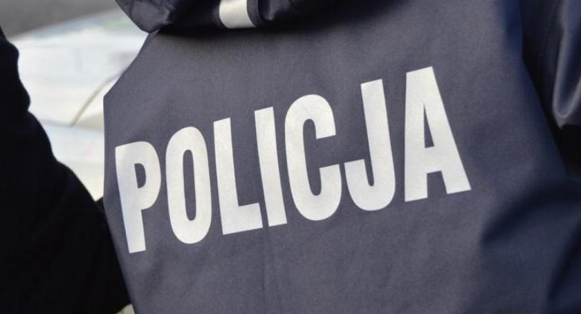 NARKOTYKI, Groźby narkotyki Policjanci zatrzymali letniego mężczyznę - zdjęcie, fotografia