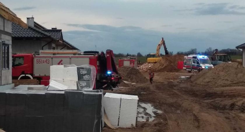 POLICJA, Śmierć budowie Koparka przygniotła mężczyznę - zdjęcie, fotografia