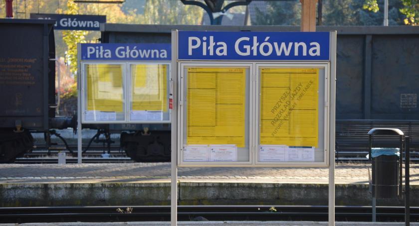 KOMUNIKACJA, Pilski dworzec lupą remoncie wciąż bariery niepełnosprawnych - zdjęcie, fotografia