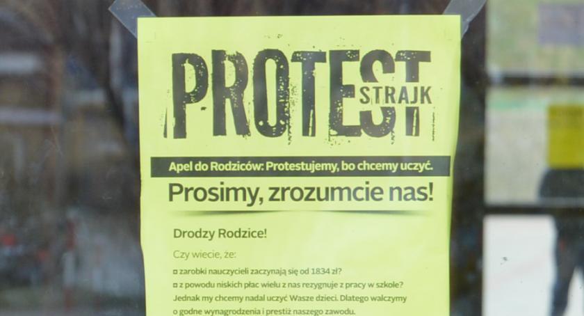 STRAJK SZKOLNY 2019, Większość nauczycieli Piły opowiada strajkiem [sondaŻP] - zdjęcie, fotografia