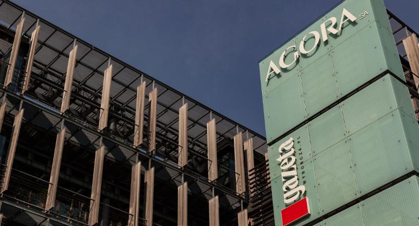BIZNES I PRACA, Agora zamyka drukarnię Ustalono warunki zwolnień - zdjęcie, fotografia