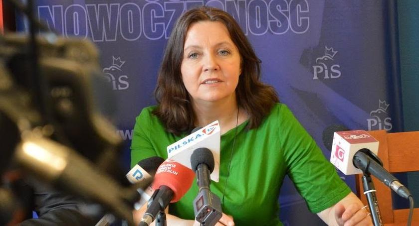 """WYBORY DO PE 2019, Lichocka """"Opozycja zaoferowania kłamstwem"""" - zdjęcie, fotografia"""
