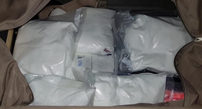 NARKOTYKI, Policjanci przechwycili siedem kilogramów narkotyków - zdjęcie, fotografia