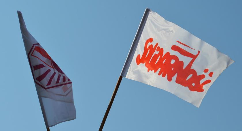 STRAJK SZKOLNY 2019, Solidarność strajkuje pomimo porozumienia rządem - zdjęcie, fotografia