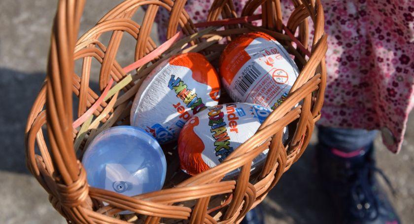 WYDARZENIA, Wyspę czekoladowe jajka niespodzianką - zdjęcie, fotografia