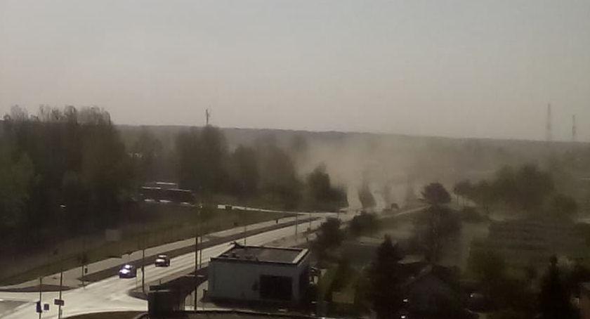 OSTRZEŻENIA METEO, Wichura pyłowa Piłą [ZDJĘCIA] - zdjęcie, fotografia