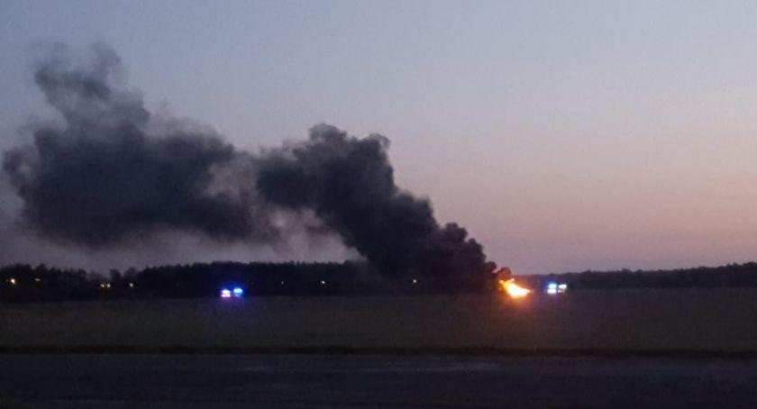 POŻARY, Pożar lotnisku - zdjęcie, fotografia