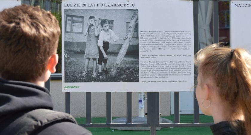 WYSTAWY, Dramaty ofiar Czarnobyla zdjęciach Plenerowa wystawa [ZDJĘCIA] - zdjęcie, fotografia