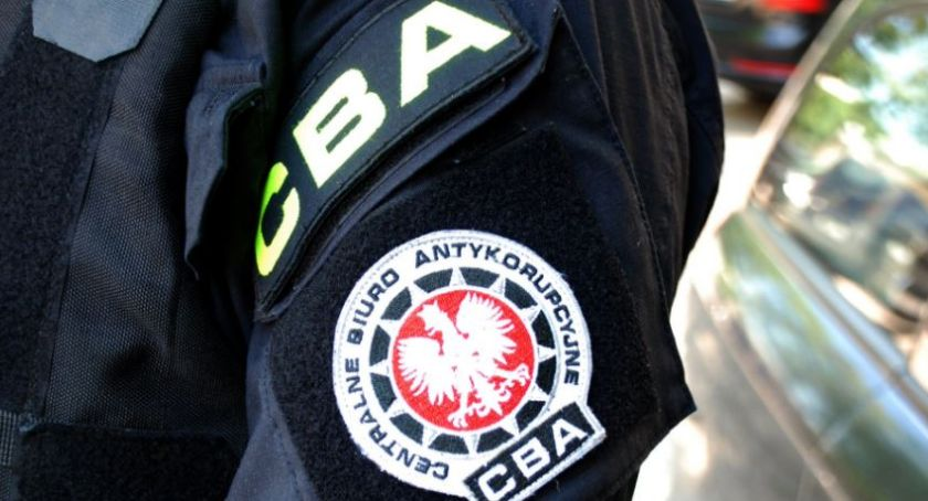 POLICJA, zatrzymało lekarza Chodzieży Przyjmował łapówki - zdjęcie, fotografia