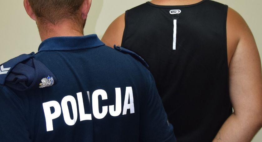 POLICJA, Napad kierowcę Pobili mężczyznę który podwiózł - zdjęcie, fotografia