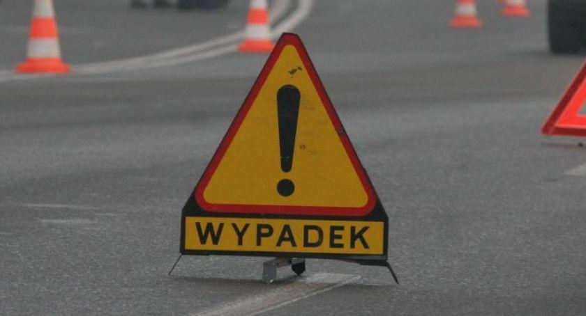 WYPADKI, Śmiertelny wypadek Piłą żyje letni motocyklista - zdjęcie, fotografia