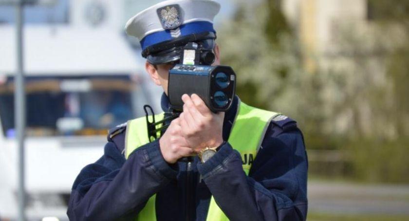 POLICJA, Więcej patroli kontroli Policja czuwa powrotami wakacji - zdjęcie, fotografia