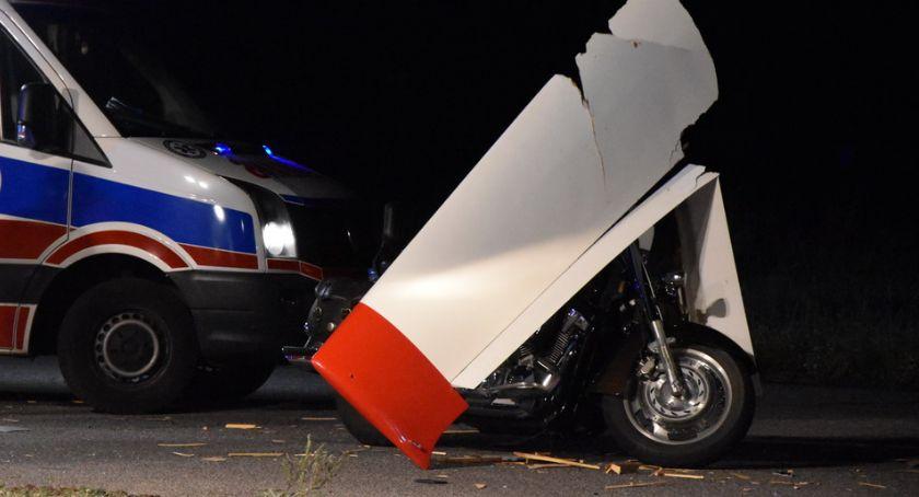 WYPADKI, Motocyklista zderzył holowanym szybowcem - zdjęcie, fotografia
