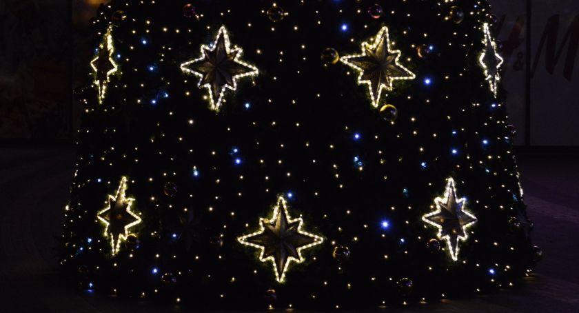 PIŁA, Pierwsza choinka Piła (powoli) stroi Święta [ZDJĘCIA] - zdjęcie, fotografia