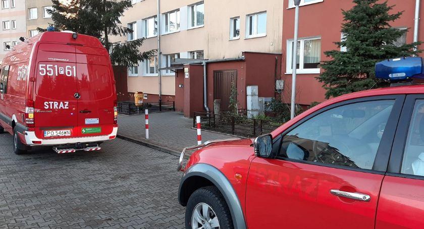 STRAŻ POŻARNA, Podtrucie czadem Trzyosobowa rodzina trafiła szpitala - zdjęcie, fotografia