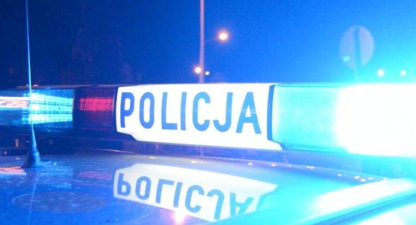 POLICJA, Potrącenie pasach żyje letnia kobieta - zdjęcie, fotografia