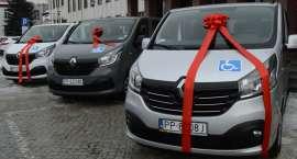 Nowe samochody dla DPS i WTZ [VIDEO]