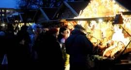 Trwa Jarmark Bożonarodzeniowy. W niedzielę Miejska Wigilia