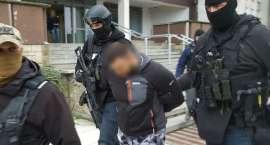 Policjanci zatrzymali pilan poszukiwanych listami gończymi